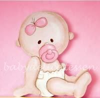 silueta infantil de madera bebé niña con chupete babydelicatessen