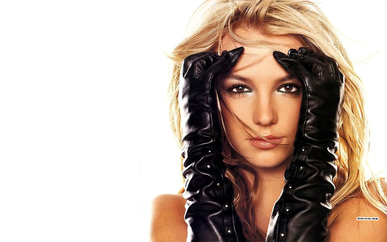 Britney Spears in Mask