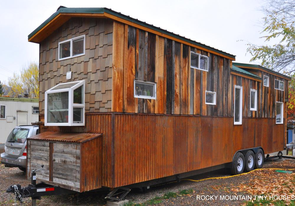 Tiny house town red mountain from rocky mountain tiny homes for Rocky mountain home builders