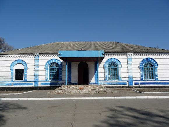 Китайгород. Центральна вулиця. Будинок культури