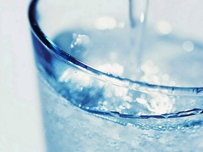8 Cara Diet dengan Air Putih yang Alami dan Menyehatkan
