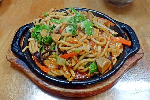 沛瀅素食館蕃茄鐵板麵~台北捷運行天宮站素食
