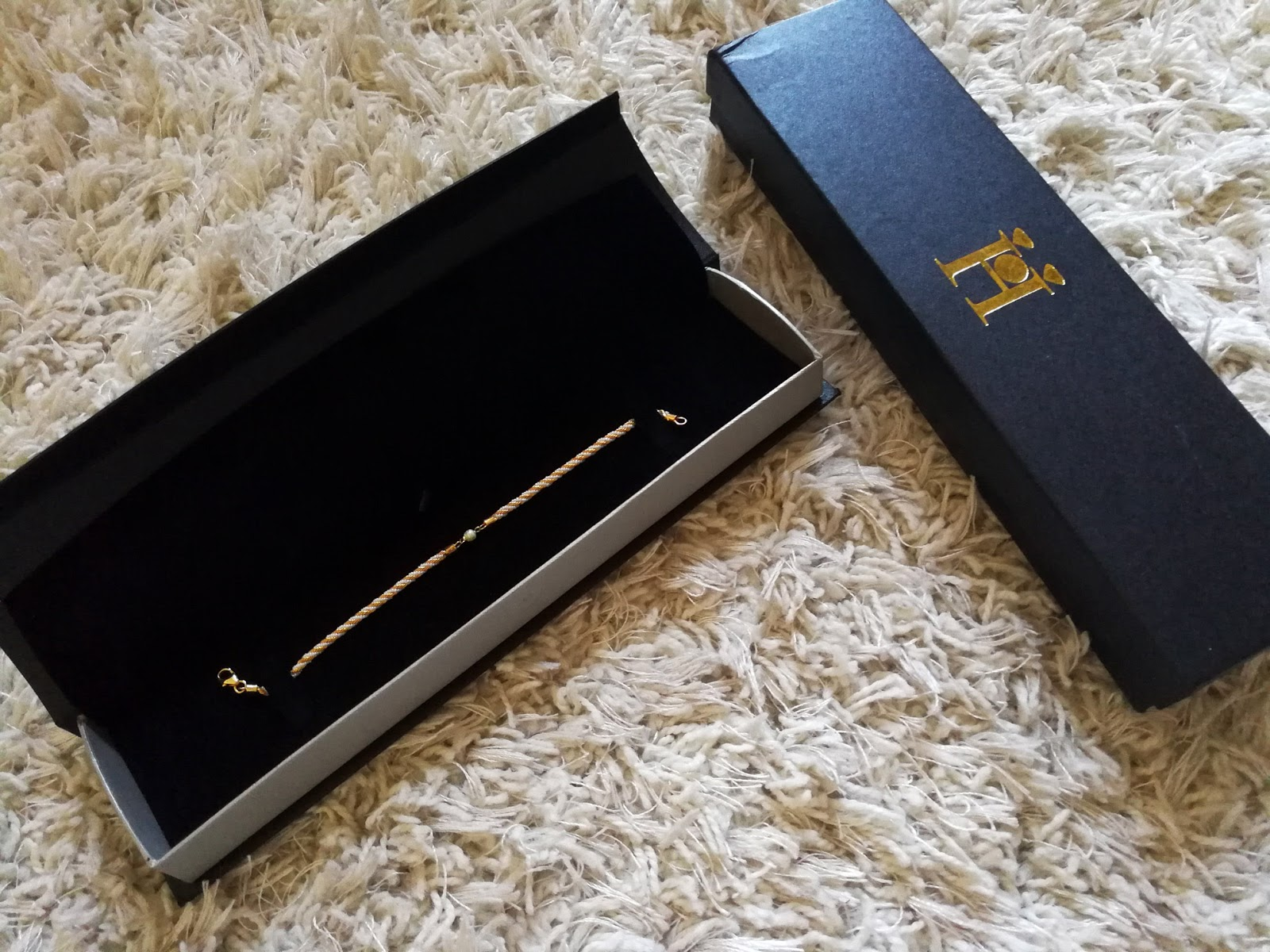 Al Hashimi Pearls Giveaway: Win a Real Gold and Pearl Bracelet