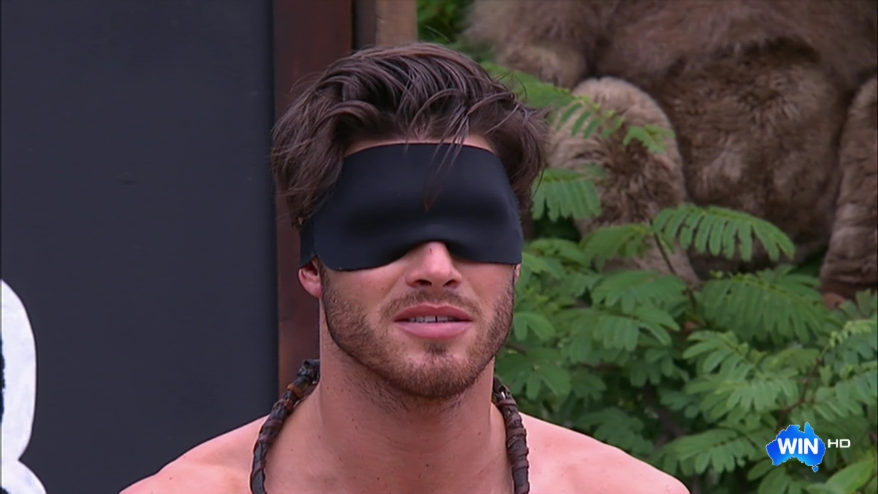 Auscaps Justin Lacko Shirtless In Im A Celebrity -7610