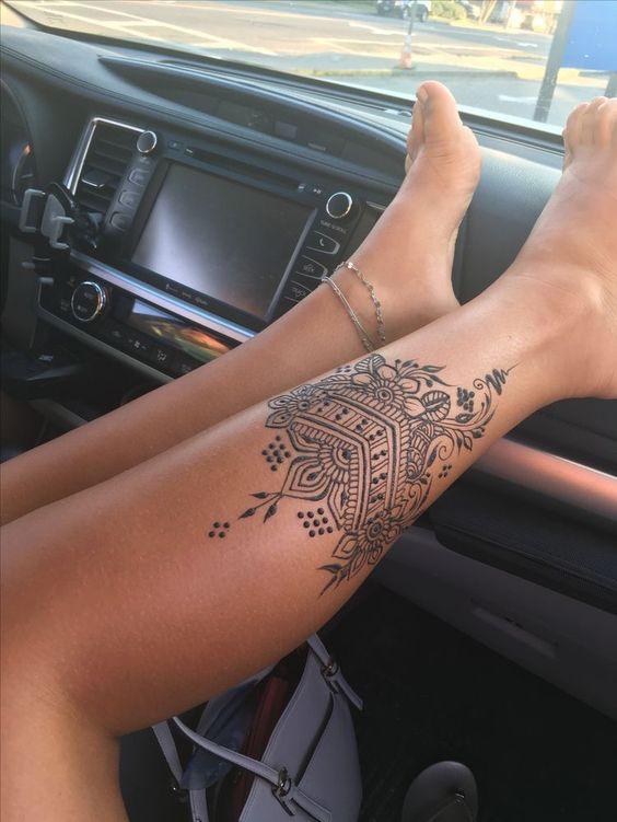 15 Lovely Foot Tattoos For Women