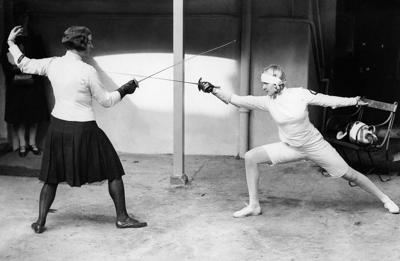 Her technique and talent were spectacular, according to fencing experts who have seen footage of her fencing. 1927.