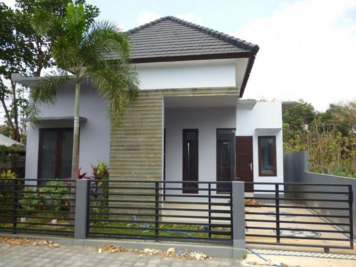 Desain Rumah Ada Pintu Samping Menarik