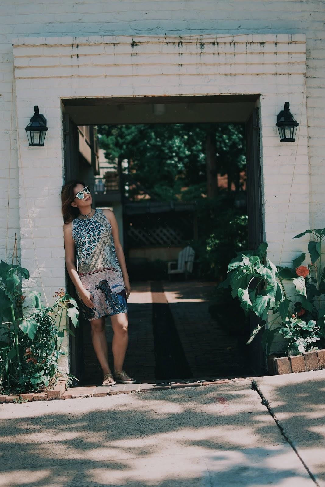 A Summer Dress & Camel Gold Sandals by Mari Estilo-Makemechic-fashionblogger-streetstyle-mariestilotravels-travelblogger-nalho-instagrammer-itgirl-travelblog-fashionista