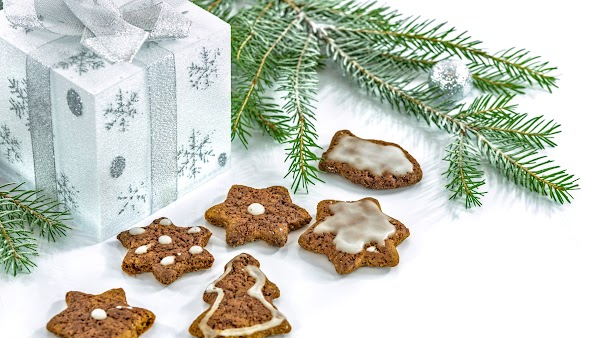 Christmas Tree, Gifts and Cookies