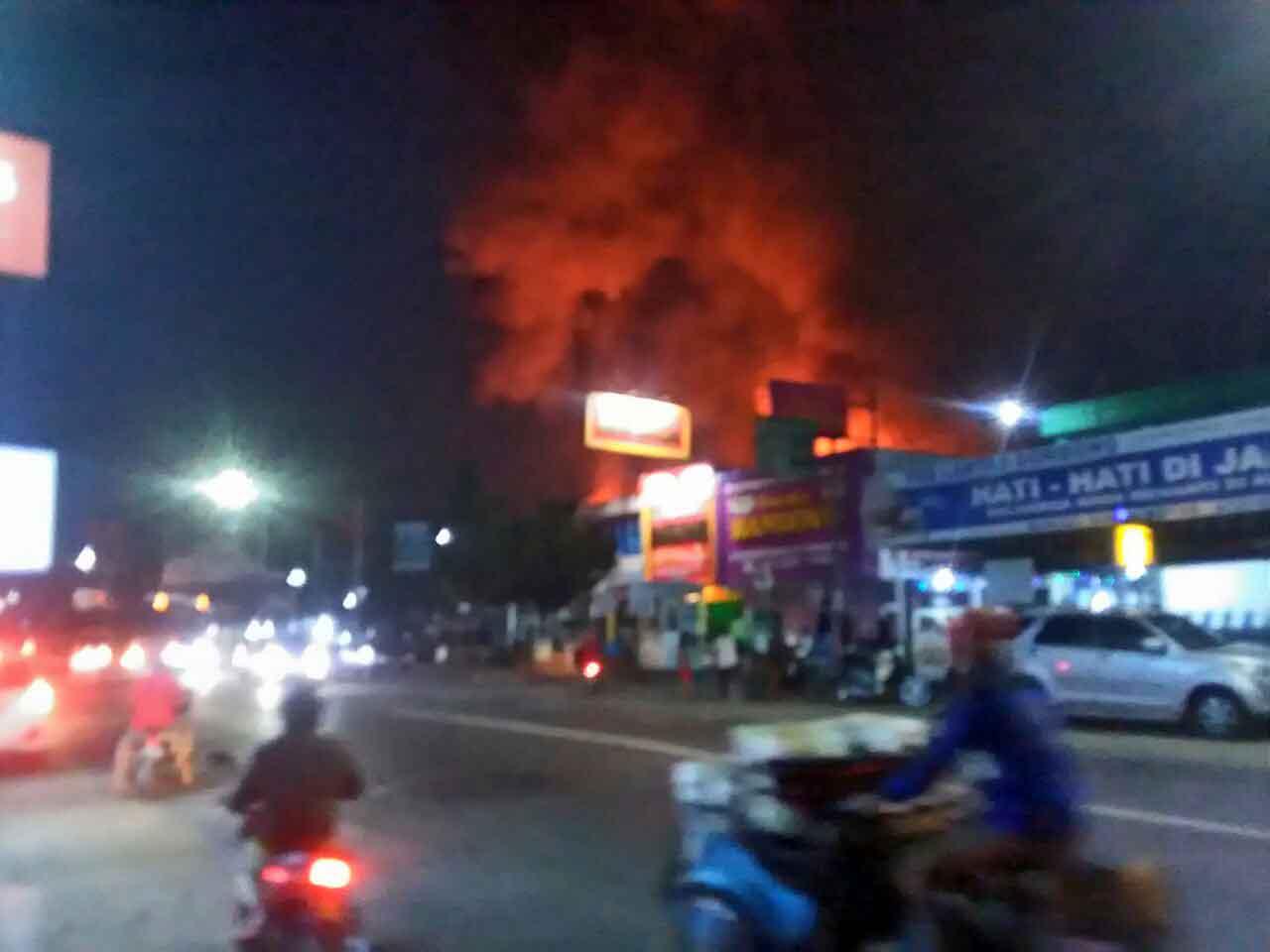 Pasar Wonokriyo Gombong Dikabarkan Kebakaran