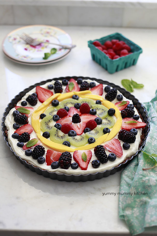breakfast fruit and granola tart