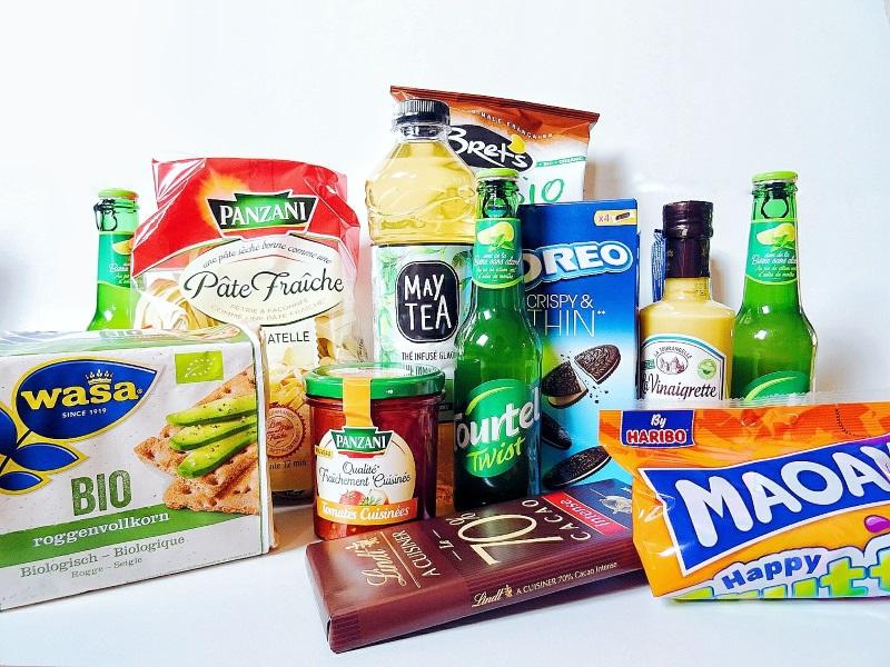 Contenu d'une box alimentaire dégustabox du mois de mars. Vegan