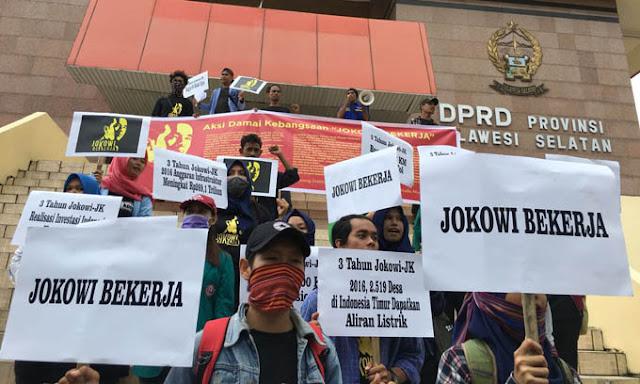 Aktivis Makassar: Berkat Jokowi, 2019 Kereta Api Trans Sulawesi Sudah Bisa Diakses