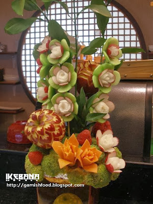 vegetable and fruit carving ikebana