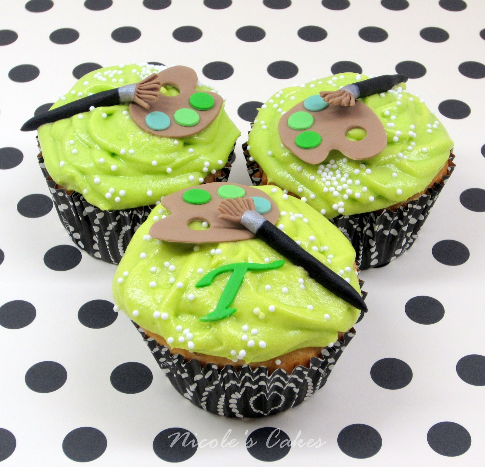 Confections Cakes Amp Creations Green Art Party Cupcakes