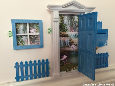 Review - Opening Fairy Doors playset for children