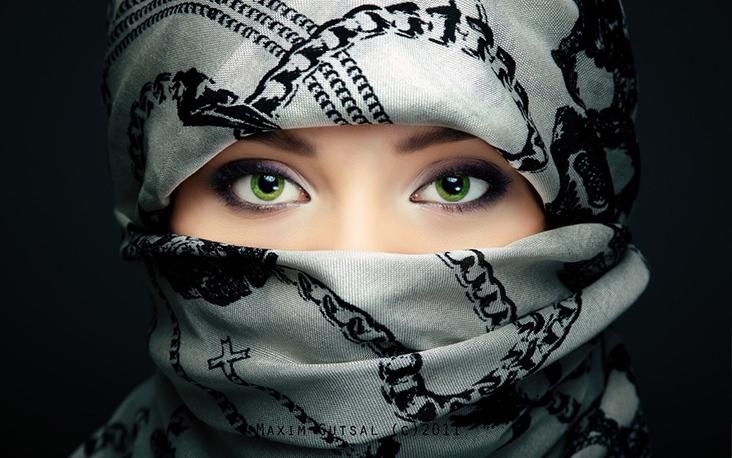 Why A Niqabis More Attracting? / Kenapa Perempuan Berpurdah Lebih Menarik (perhatian)?