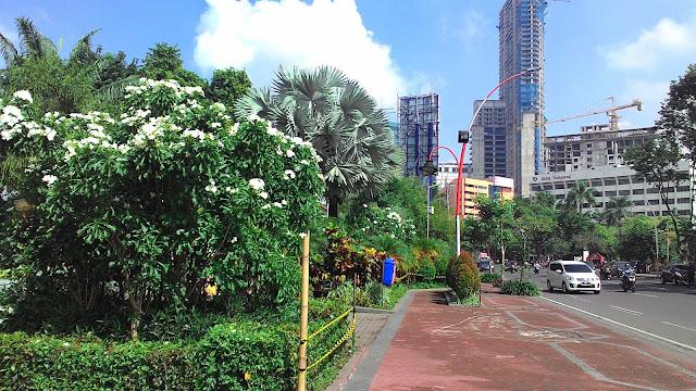 taman kota surabaya