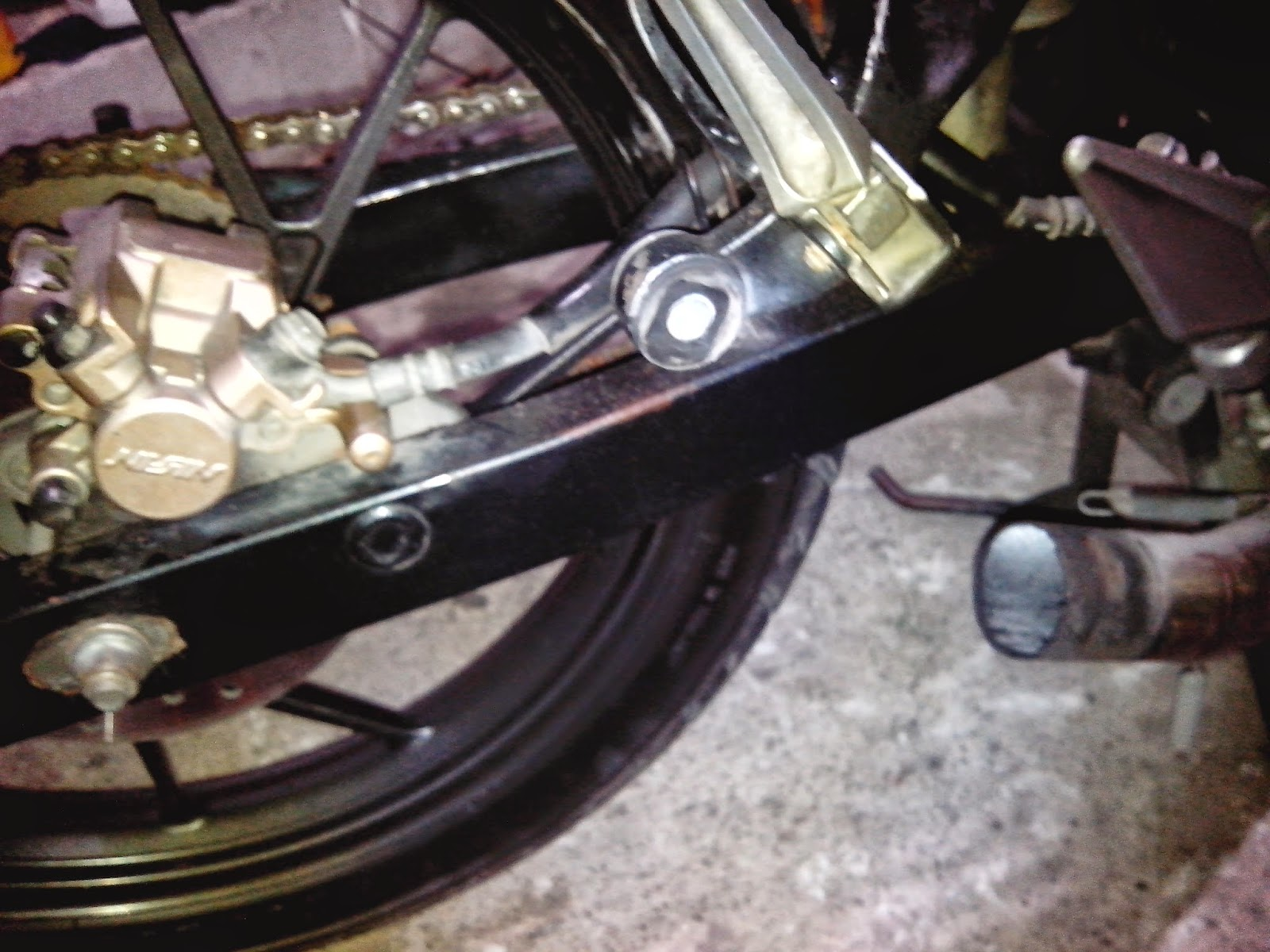 Raider rear brake sticking solution | Techy at day, Blogger at noon