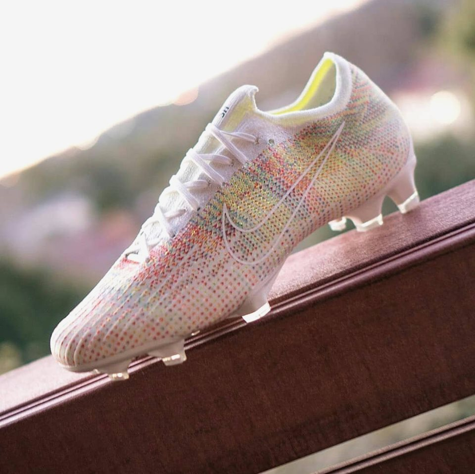 Unique Nike Id Mercurial Vapor 12 Multicolor Boots Released
