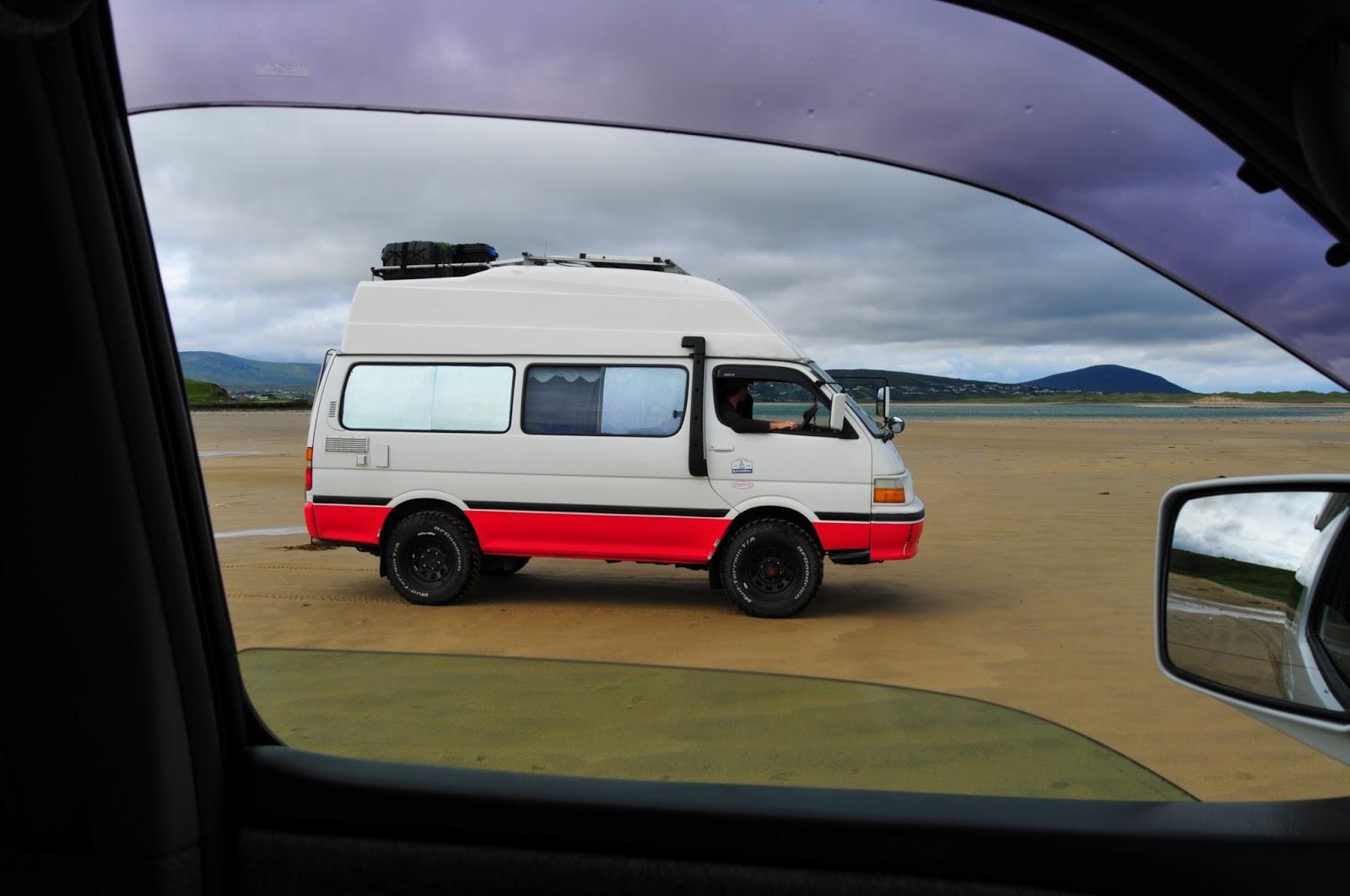 50b2ae540c Hiace Hobo - Living in a Toyota Camper Van  Toyota Hiace 4WD 2WD Air ...