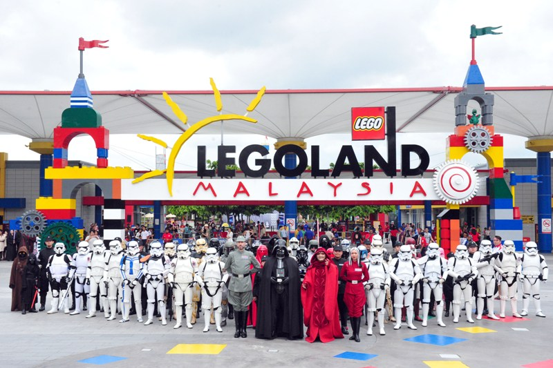 legoland malaysia resort star wars imperial march