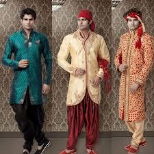 Vestidos de novia hindu rojos