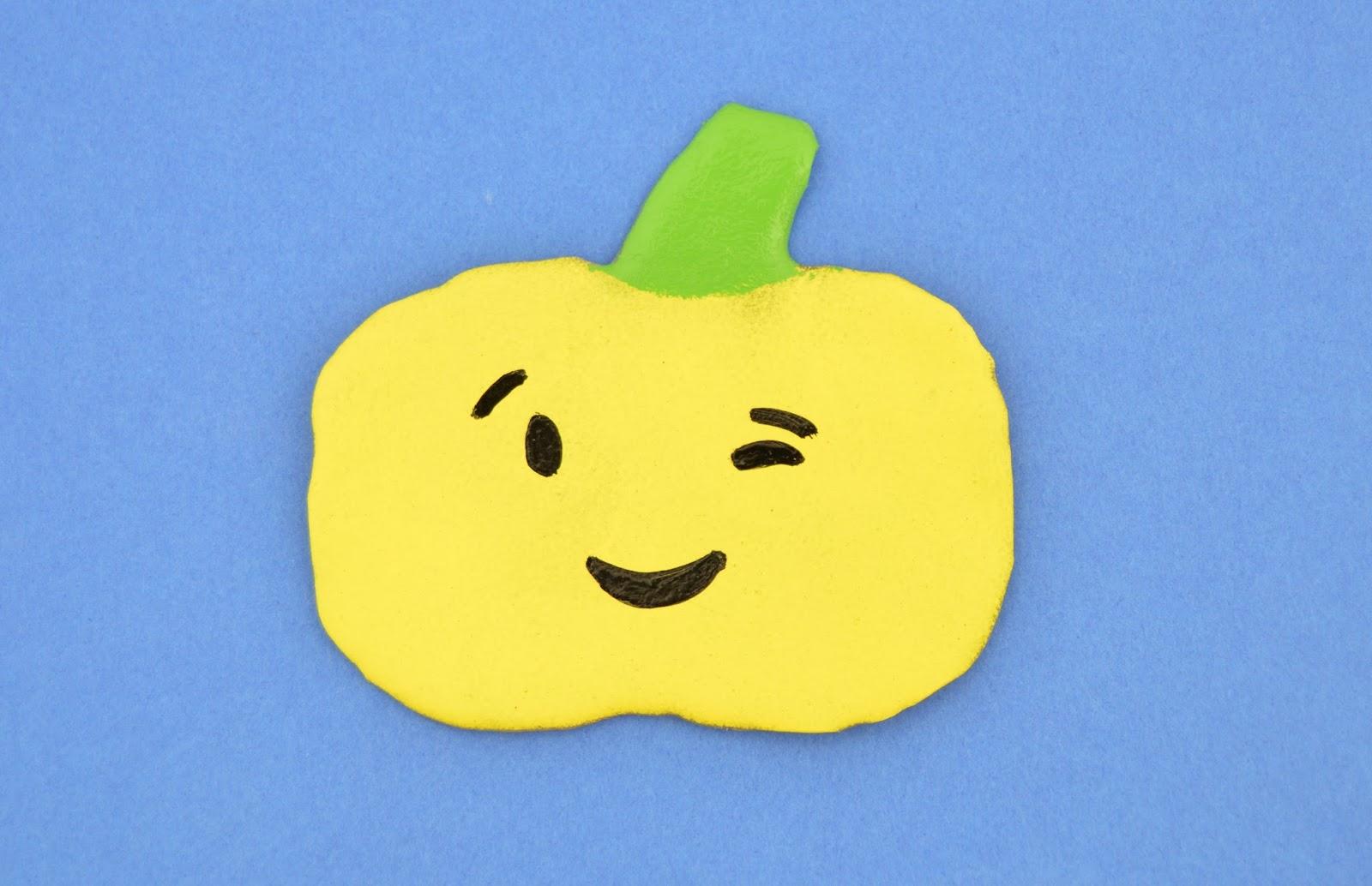 Vikalpah: DIY Emoji Pumpkins Window Clings