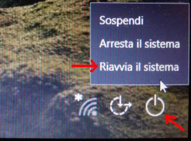 Opzione Riavvia il sistema schermata accesso Windows 10