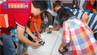 BISNIS YANG MENJANJIKAN Workshop Robotik