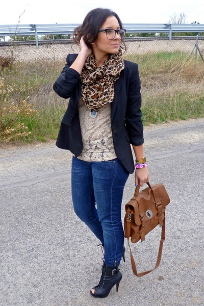 eca6c46fbcf Some Tips on Wear Business Casual Jeans ~ Fashion And Lifestyles