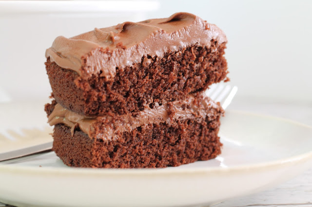 Easy-peasy chocolate orange fudge cake