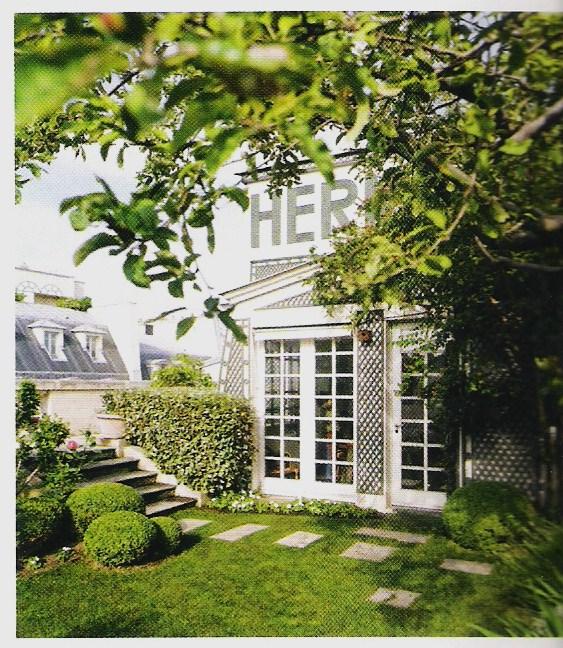 Il giardino sfumato sul tetto di hermes for Creazioni giardini