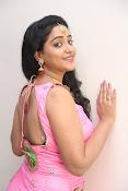 aishwarya addala new glam pics-thumbnail-18