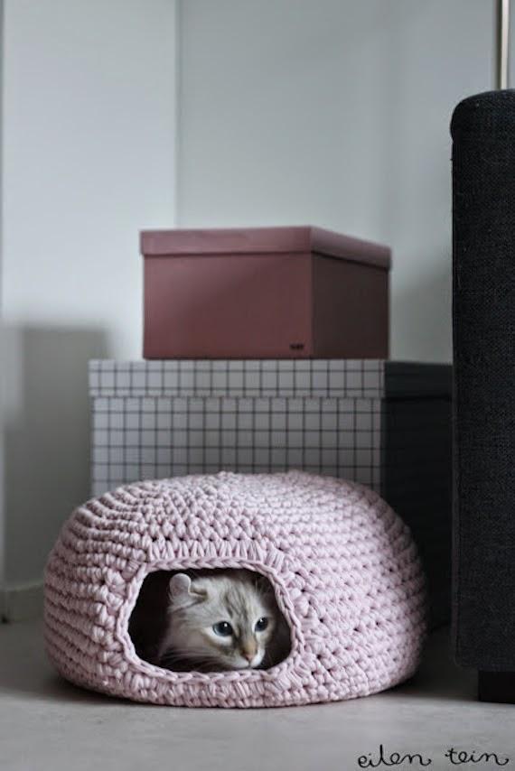 casita para el gato en trapillo