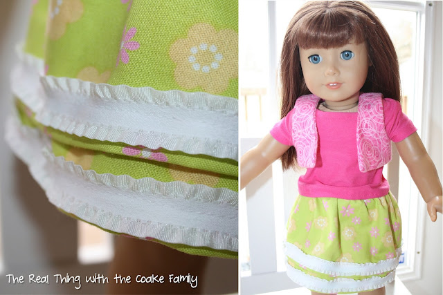 American Girl Doll Pattern to make a skirt and a cute chef set. #Sewing #AmericanGirlDoll #RealCoake
