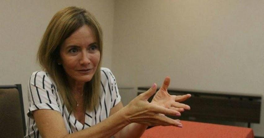 Estamos trabajando para que escolares del sur recuperen clases (Marilú Martens Cortés) www.minedu.gob.pe