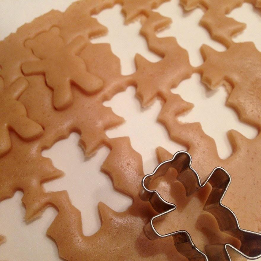 resepi biskut beruang memeluk badam comel sesuai untuk raya, open house, hadiah, door gift