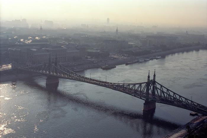 Budapest, pont de la Liberté, Szabadsag hid, Danube, © L. Gigout, 1990
