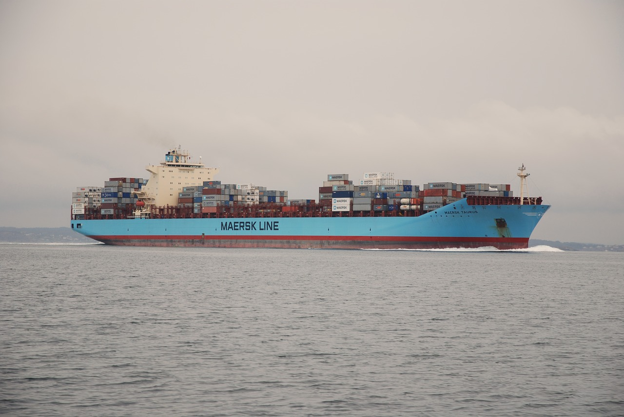 Maersk offers slight relief on tight trans-Pac capacity amid