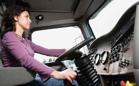 Life on the road as a female lorry driver - BBC News