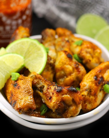 BAKED SRIRACHA LIME CHICKEN WINGS