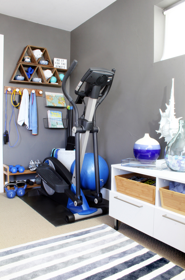 Stylish home gym ideas for small spaces blue i style for Small exercise room