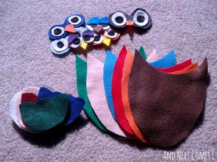 Pieces in the mix and match owl felt board set from And Next Comes L