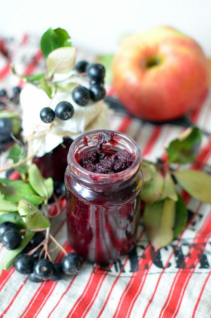 d%25C5%25BCem%2Baroniowy Konfitura z aronii i jabłek