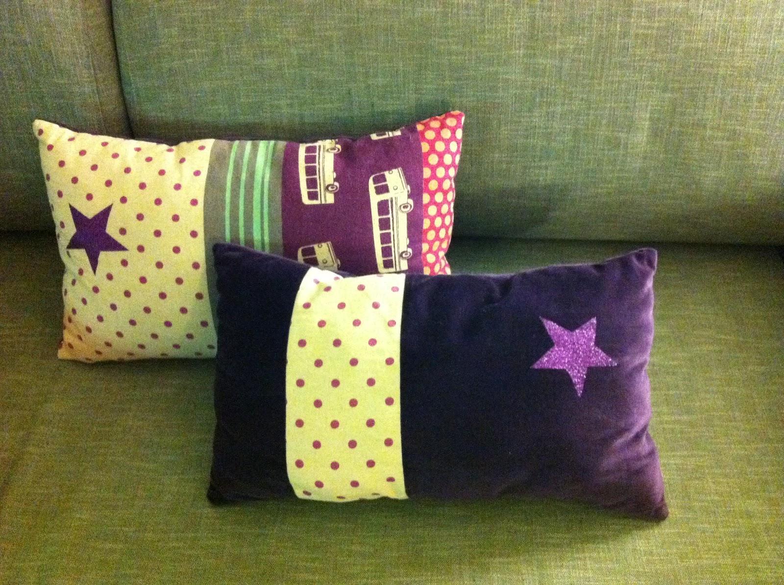 francine et rosalie coussins japonais. Black Bedroom Furniture Sets. Home Design Ideas