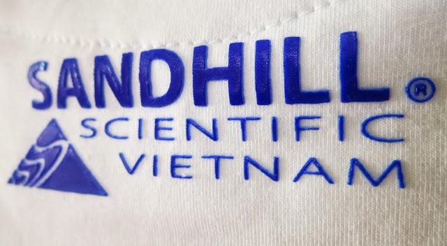 In logo lên áo thun