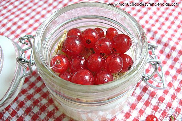 Merienda a base de frutos rojos