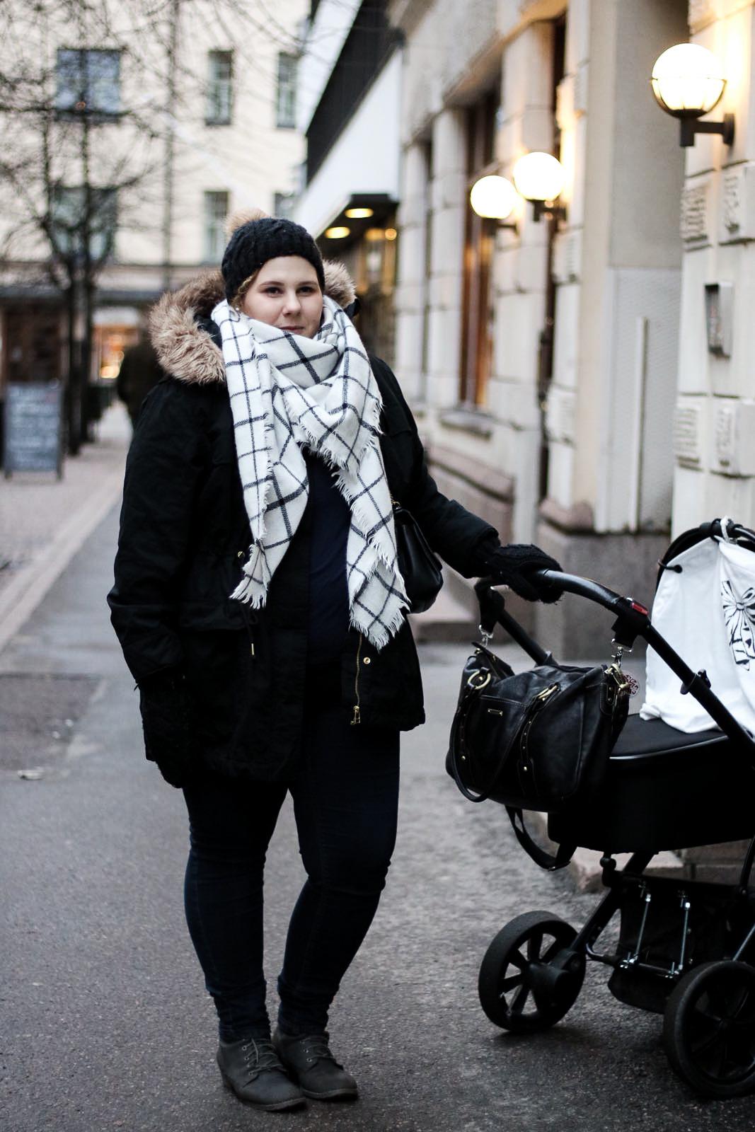 parkatakki, musta, talvi, pukeutuminen, tyyli, muoti, Pinja Tuominen