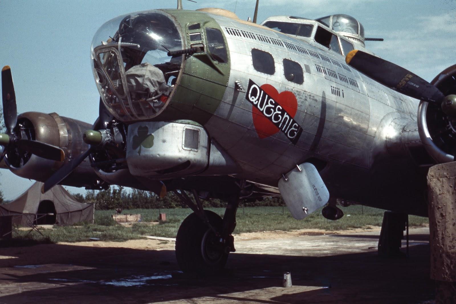 B-24  Axis Grinder  42-7495 | Nose art, Airplane art, Art
